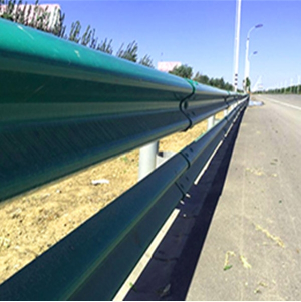 新疆高速護欄板