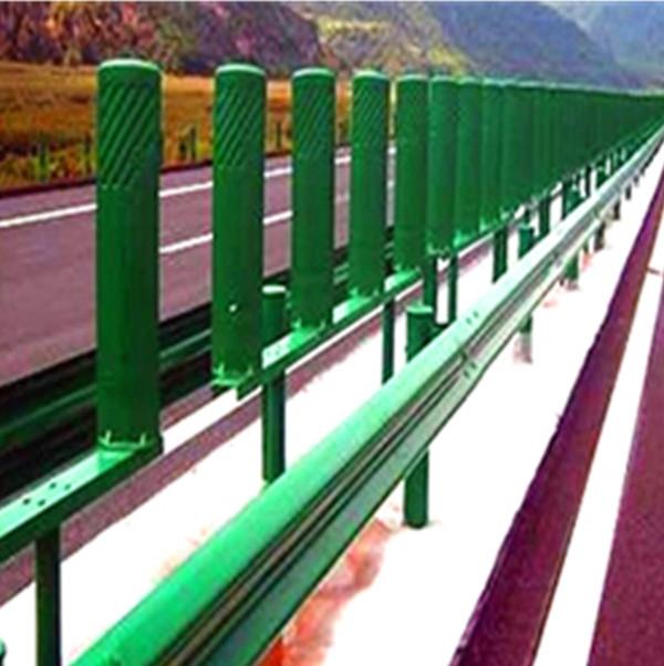 新疆高速公路護欄板