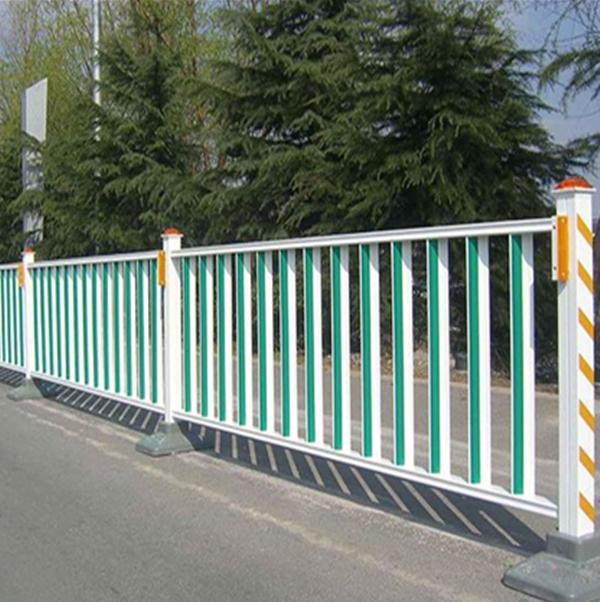 新疆道路市政護欄